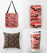 beautiful-graphic-illustration-of-the-sea-snake-moray-bags.jpg